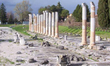 Panoramica dei resti del Foro di Aquileia