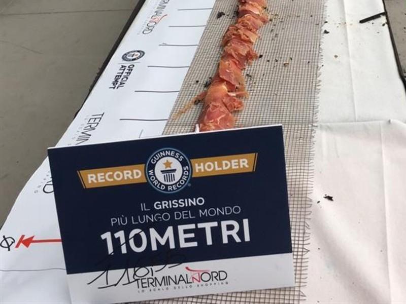 Il grissino più lungo del mondo, misurazione