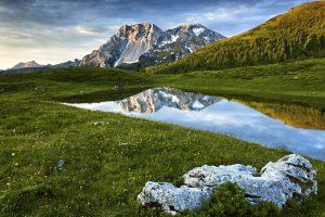 Carnia, scorcio tipico del paesaggio montano