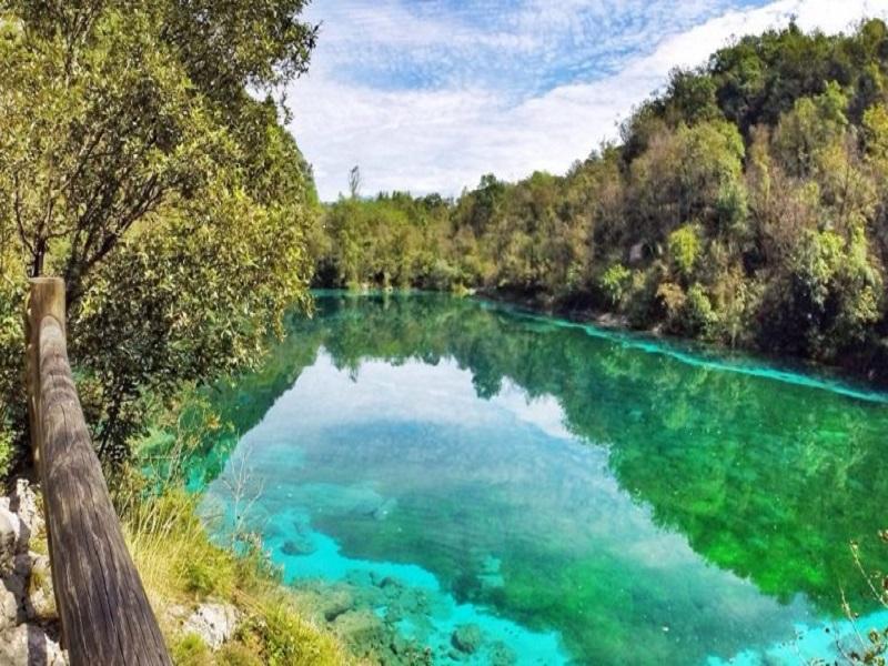 Lago Di Cornino Frontale