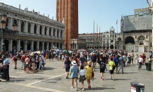 tornelli turisti