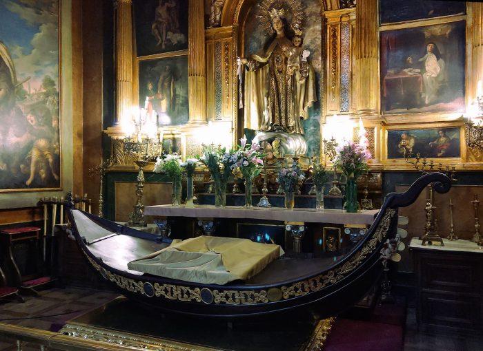 Portantina della Madonna del Carmine a Madrid