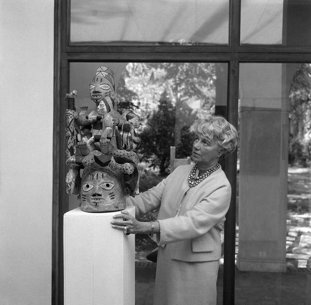 foto in bianco e nero di Peggy Guggenheim
