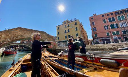 Spesa A Domicilio Portata In Barca