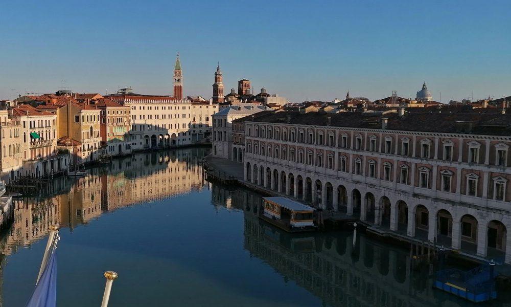 la laguna di Venezia - Canal Grande In Tempi Di Lockdown