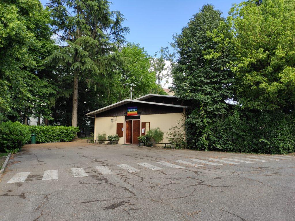 L'esterno della parrocchiale dell'Annunziata