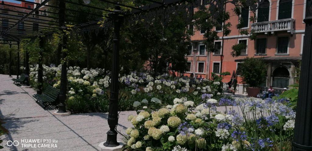 Fiori Ai Giardini Reali