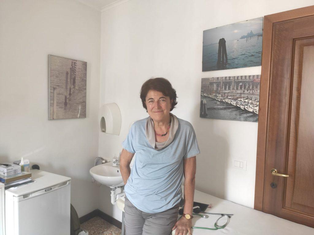 Maria Cristina D'Incà nel suo Studio