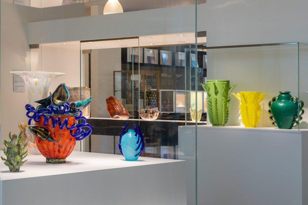 Una Sala Della Mostra Venezia E Lo Studio Glass Americano