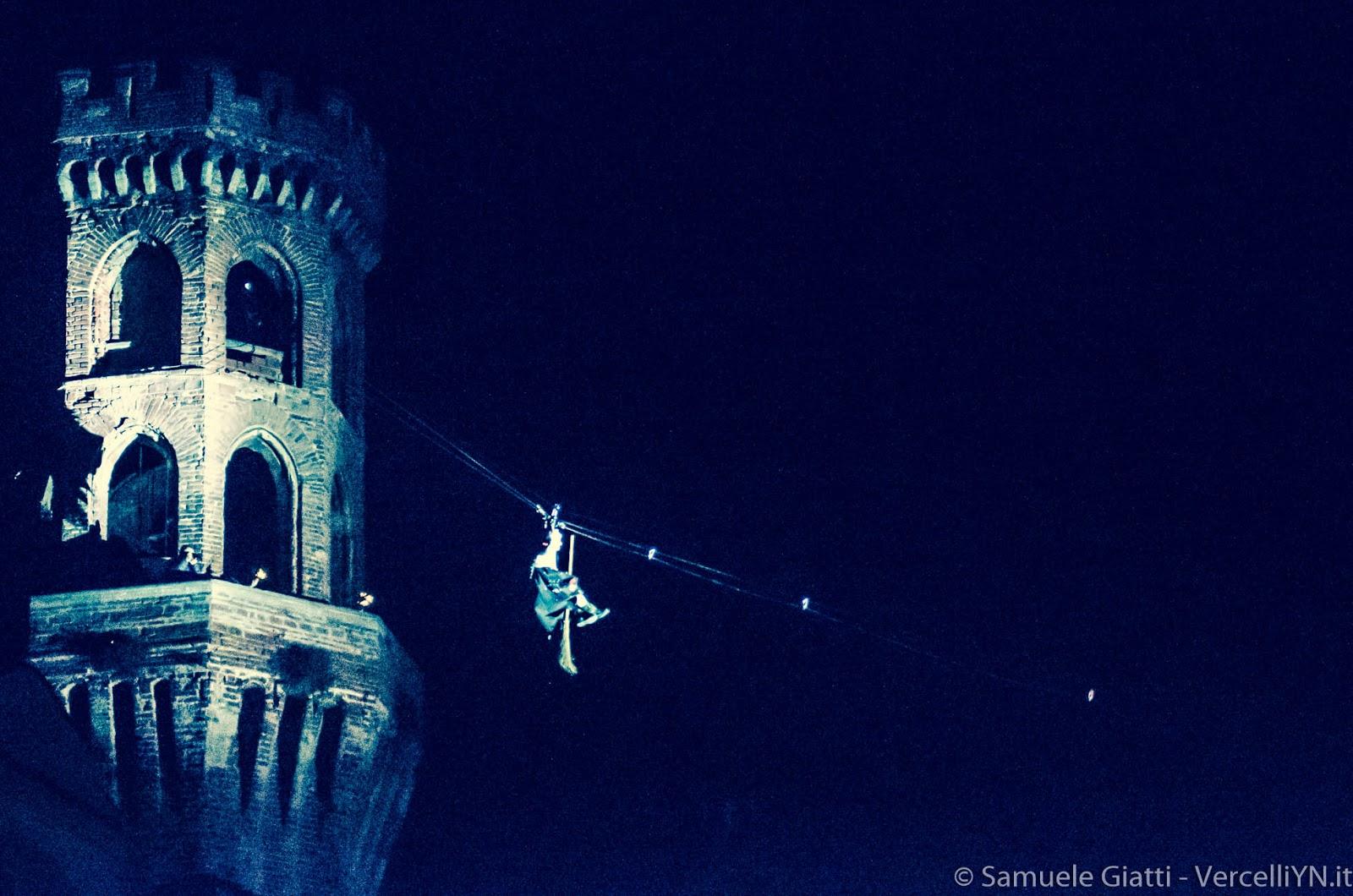 La Discesa Della Befana Della Torre Foto Samuele Giatti (vercelliyn)