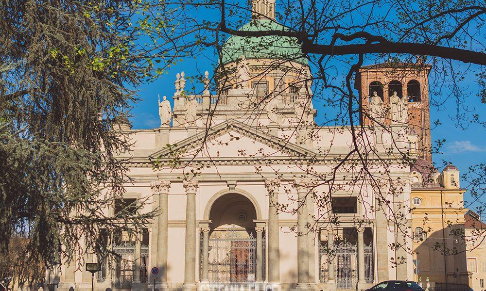 Duomo Di Vercelli visto da lontano