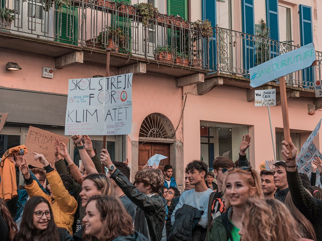Manifestanti del Fridays for Future Vercelli