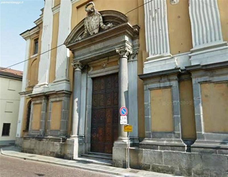 entrata della chiesa di Santa Maria Maggiore