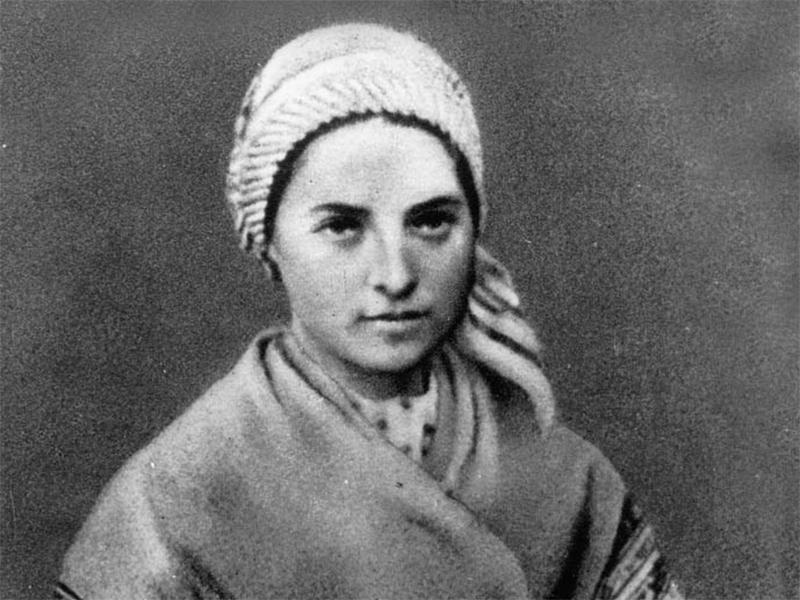 Bernadette di Lourdes da giovane