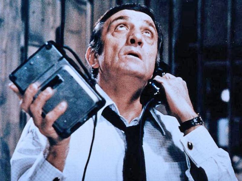 Roberto Coaloa - scena di un film dove compare Lino Ventura