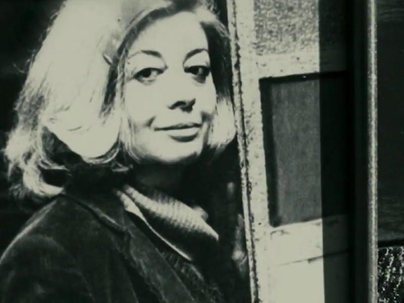 Il Festival Poesia Civile città di Vercelli presenta Piera Oppezzo