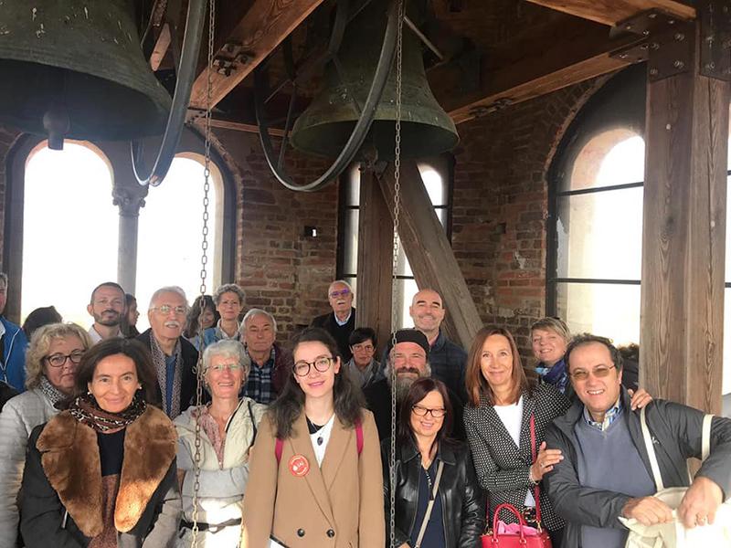 Gruppo visitatori delle giornate FAI sul campanile di Lucedio