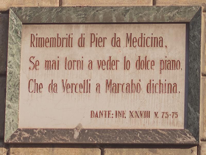 Targa di Dante a Vercelli