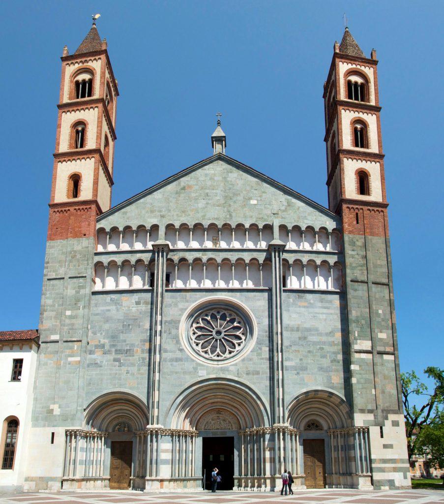 Vercelli Santandrea Basilica