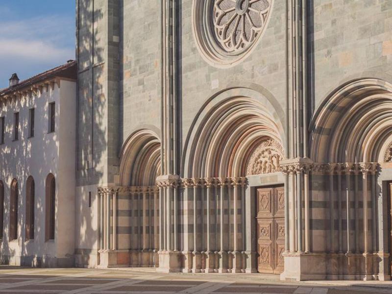 Basilica Sant'Andrea Vercelli, parte il dialetto tour