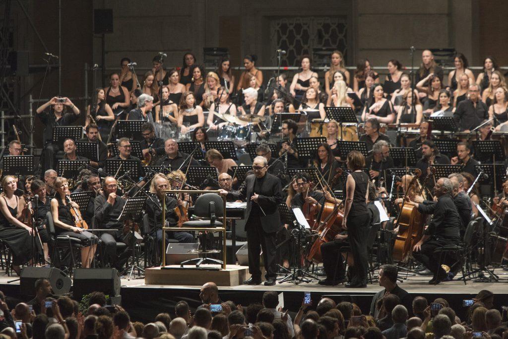 Ennio Morricone con l'Orchesta Sinfonietta di Roma
