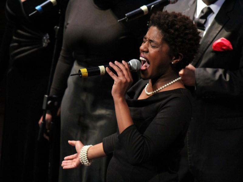 Natale a teatro: una cantante Gospel