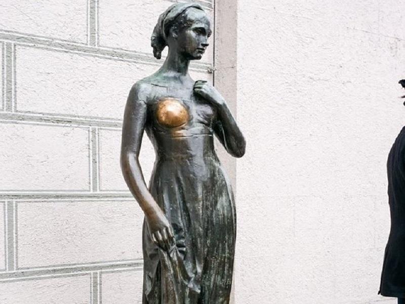 Statua Giulietta regalata da Verona a Monaco