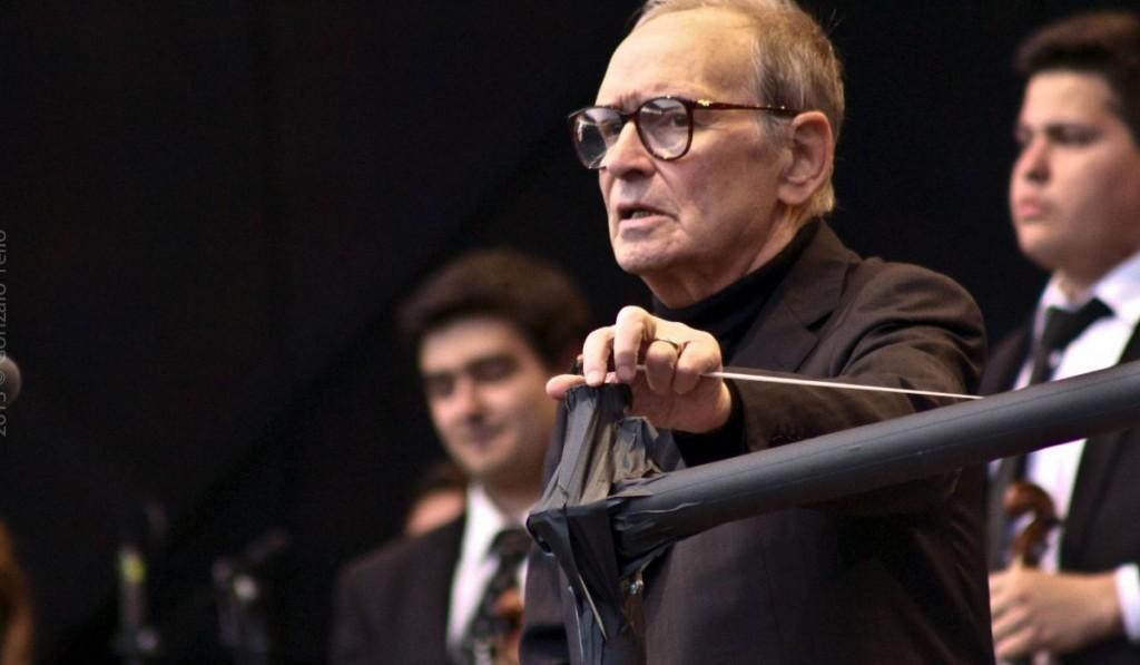 Ennio Morricone Durante Un Concerto