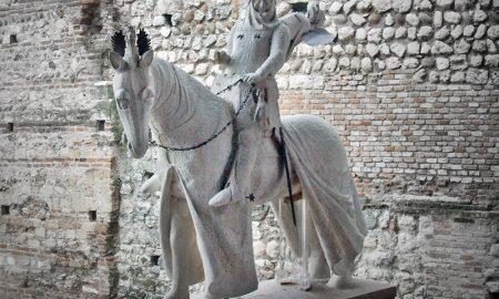 Statua Cangrande Della Scala