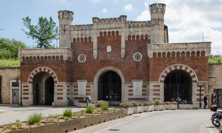 Porta Vescovo Citta Andrea Bertozzi