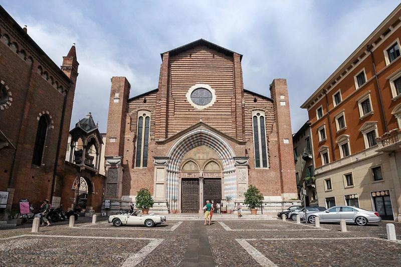 Esterno della Basilica di Santa Anastasia