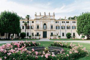 Villa Mosconi Bertani Esterno