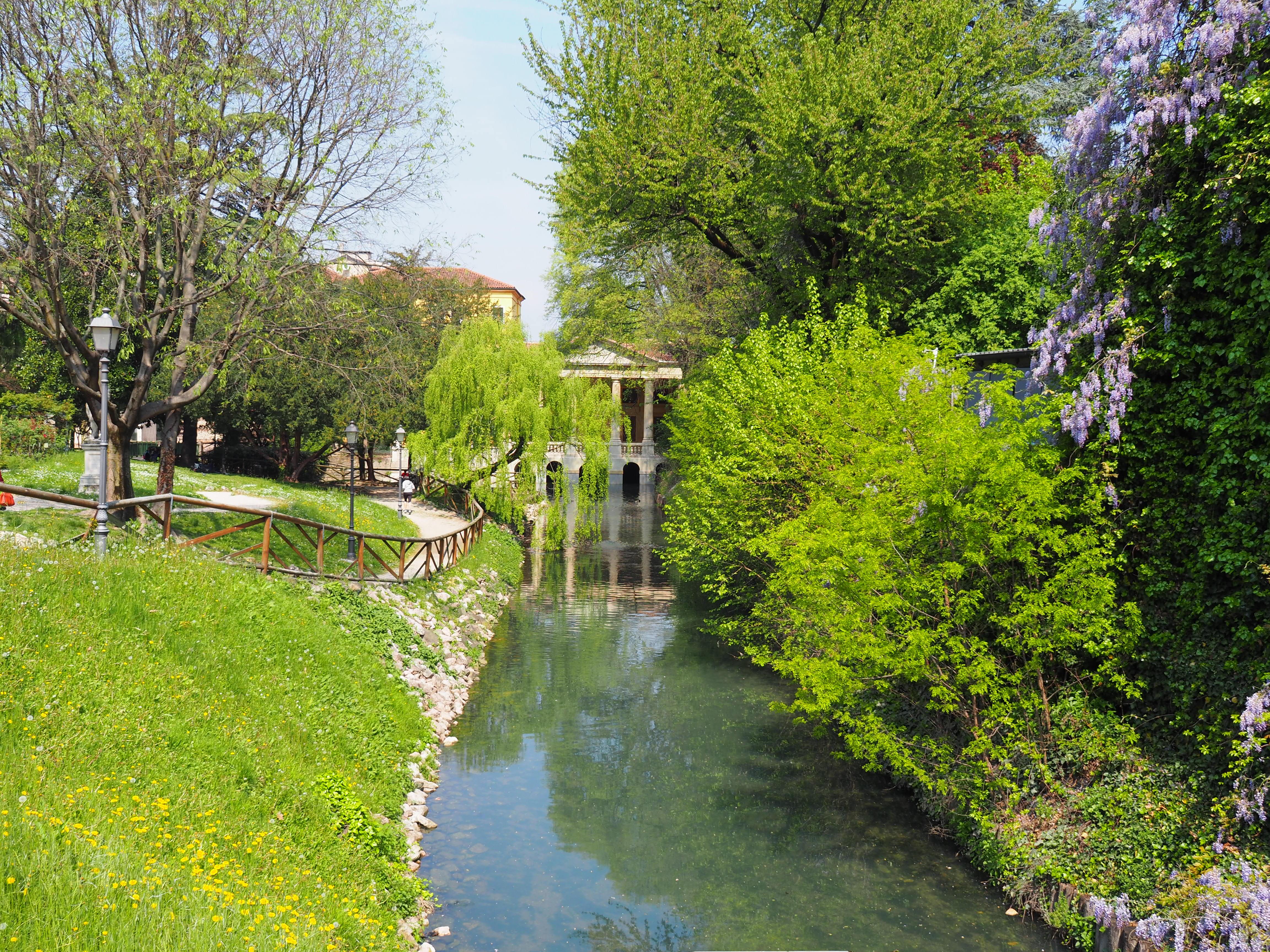 Giardini Salvi E Loggia Valmarana