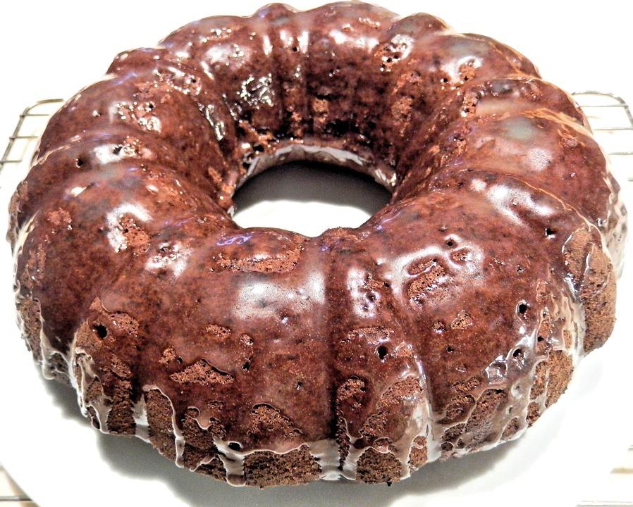 Il Bussolà vicentino - Ciambellone Con Cioccolato glassato