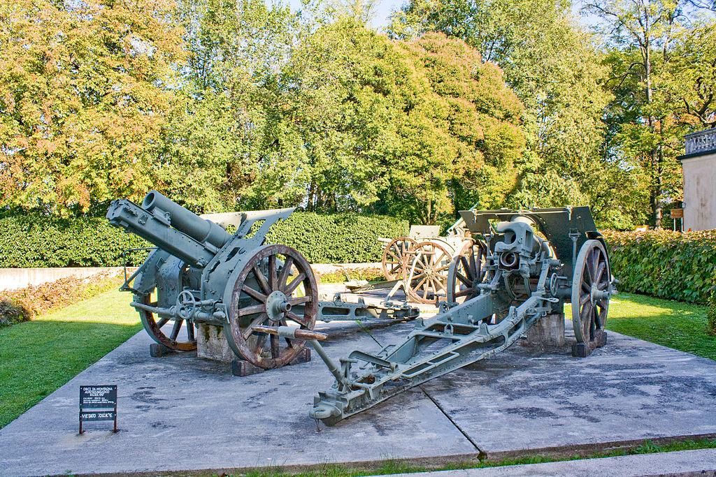 Museo del Risorgimento  - Reperti Bellici in giardino